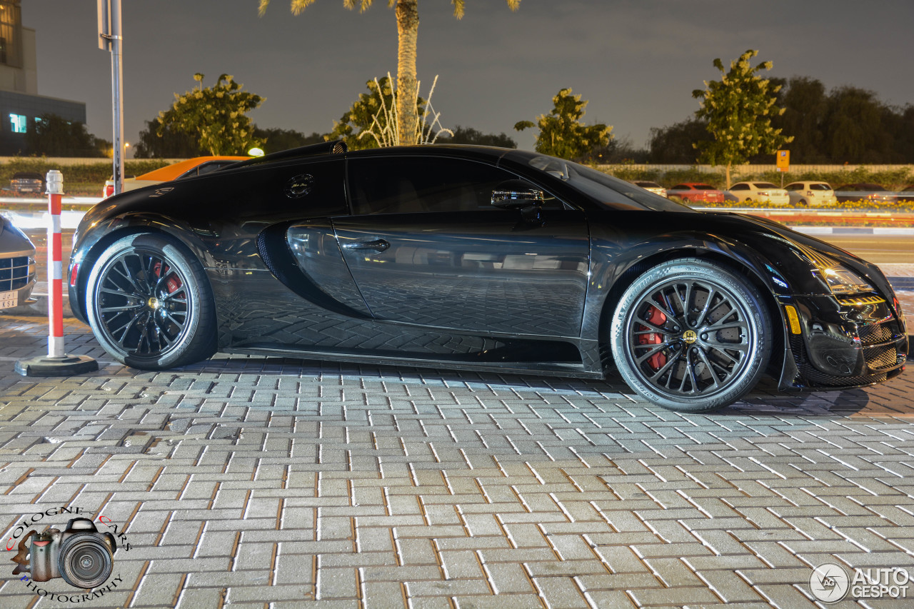 bugatti veyron 16 4 grand sport vitesse black bess 2 january 2015 autogespot. Black Bedroom Furniture Sets. Home Design Ideas