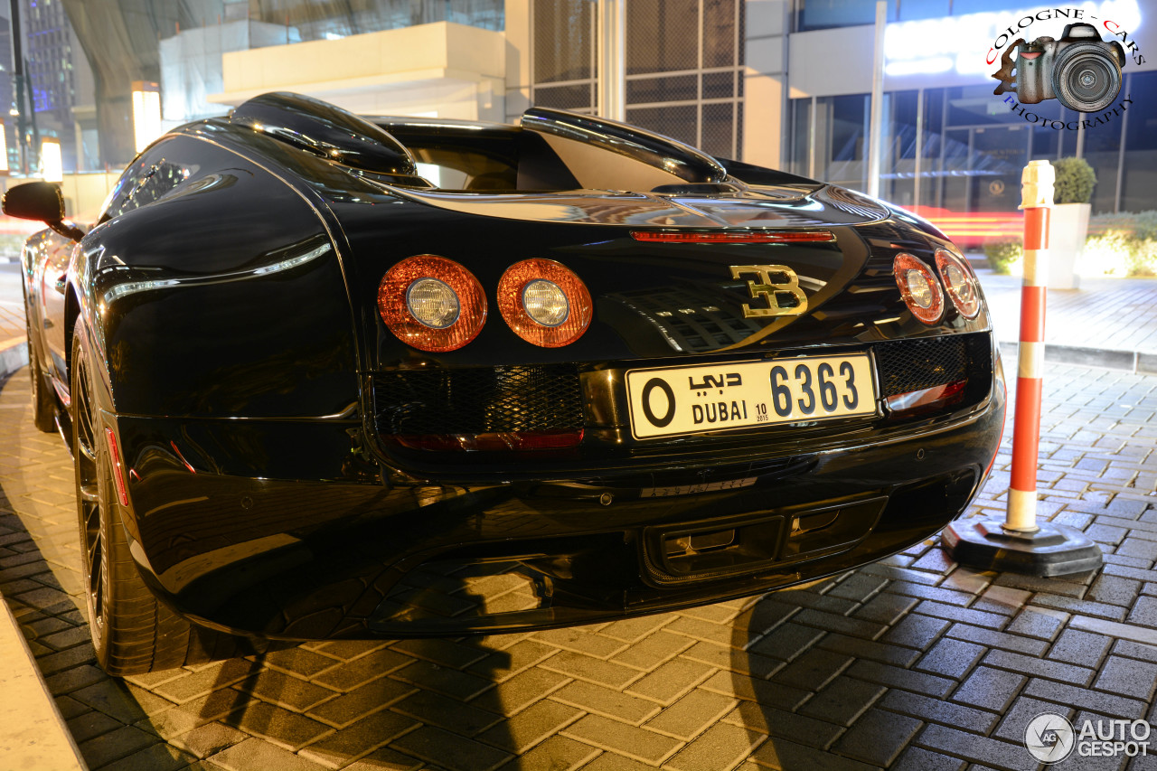 bugatti veyron 16 4 grand sport vitesse black bess 2 januari 2015 autogespot. Black Bedroom Furniture Sets. Home Design Ideas