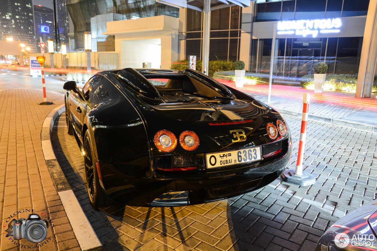 bugatti veyron 16 4 grand sport vitesse black bess 2 januari 2015 autogespot. Black Bedroom Furniture Sets. Home Design Ideas