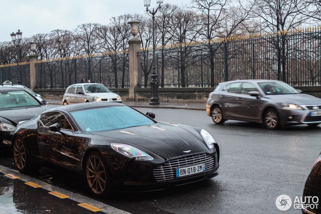 aston martin one 77 5 january 2015 autogespot. Black Bedroom Furniture Sets. Home Design Ideas