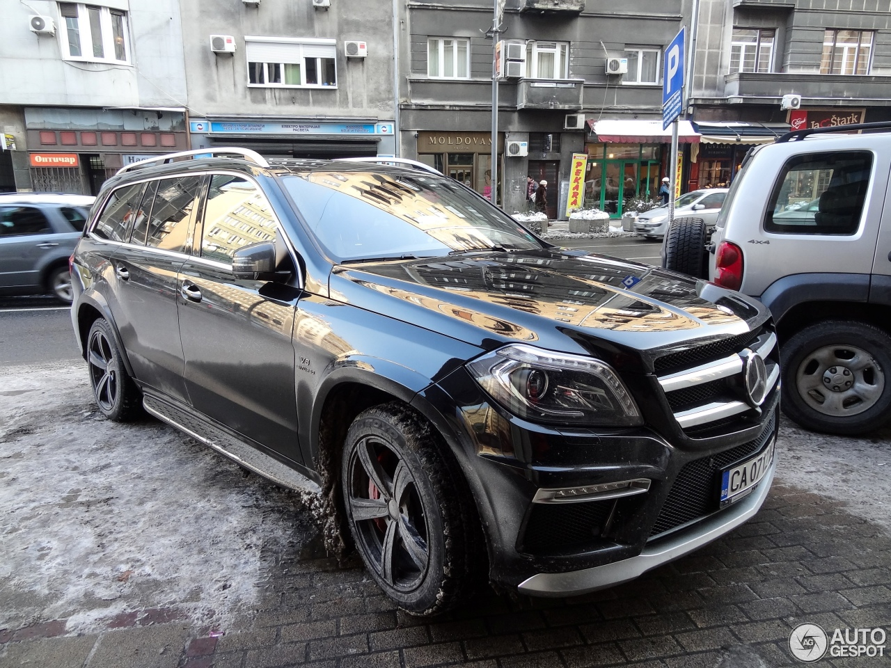 mercedes benz gl 63 amg x166 5 january 2015 autogespot. Black Bedroom Furniture Sets. Home Design Ideas