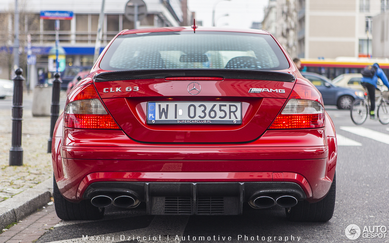 Mercedes benz clk 63 amg black series 6 enero 2015 for Mercedes benz clk63