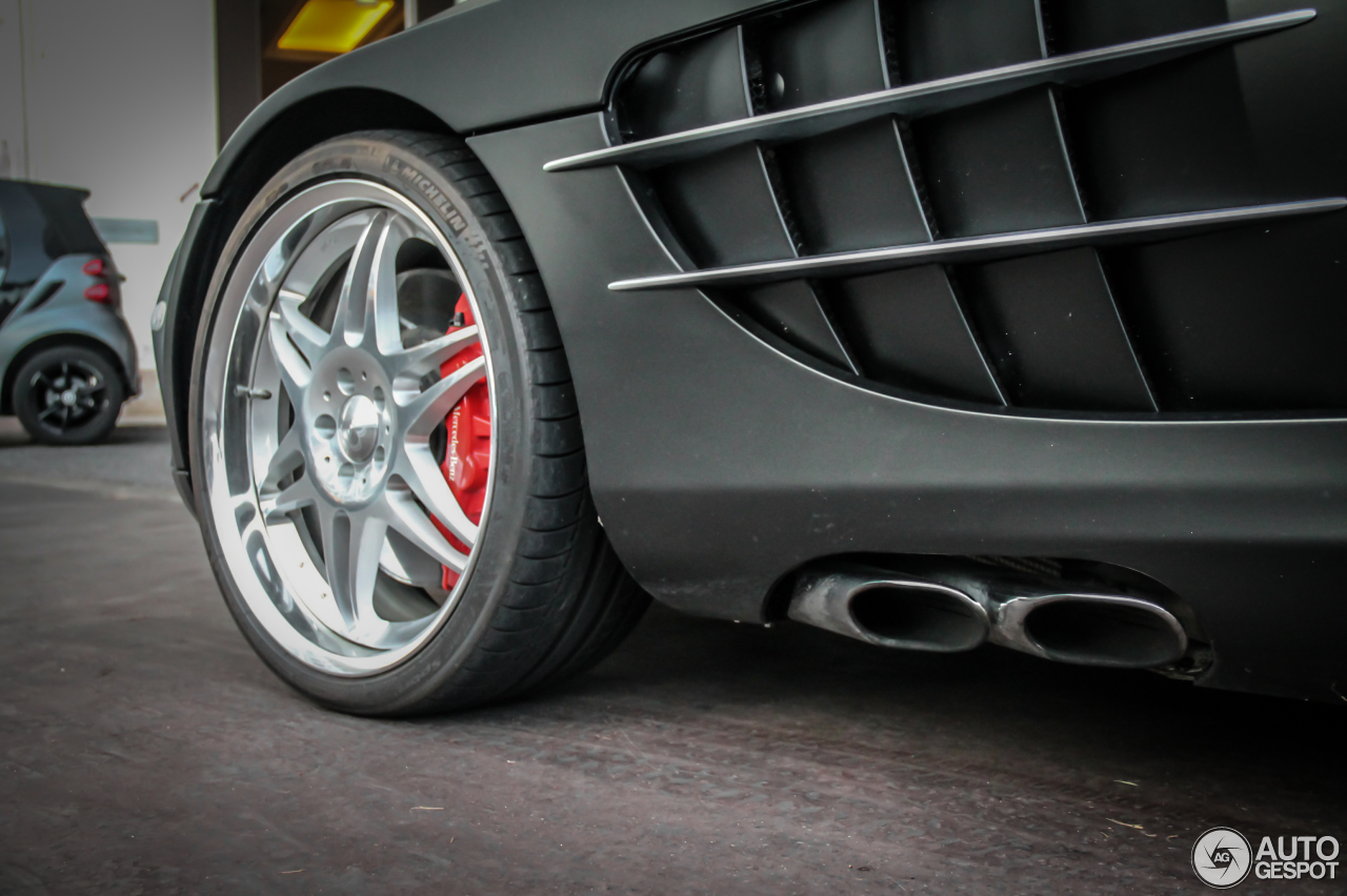 Mercedes-Benz SLR McLaren Roadster 8