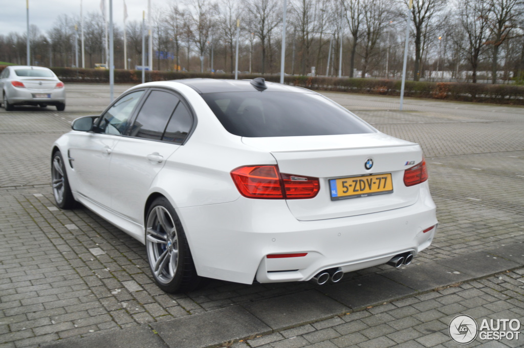 bmw m3 f80 sedan 2014 10 january 2015 autogespot. Black Bedroom Furniture Sets. Home Design Ideas