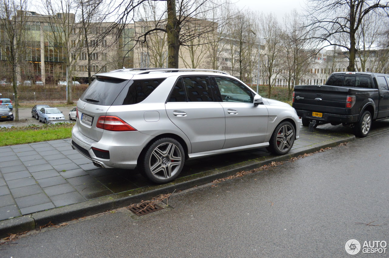 mercedes benz ml 63 amg w166 10 january 2015 autogespot. Black Bedroom Furniture Sets. Home Design Ideas