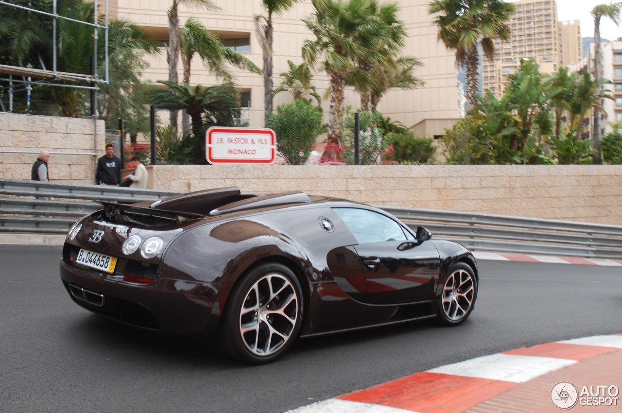 bugatti veyron 16 4 grand sport vitesse 11 januari 2015 autogespot. Black Bedroom Furniture Sets. Home Design Ideas