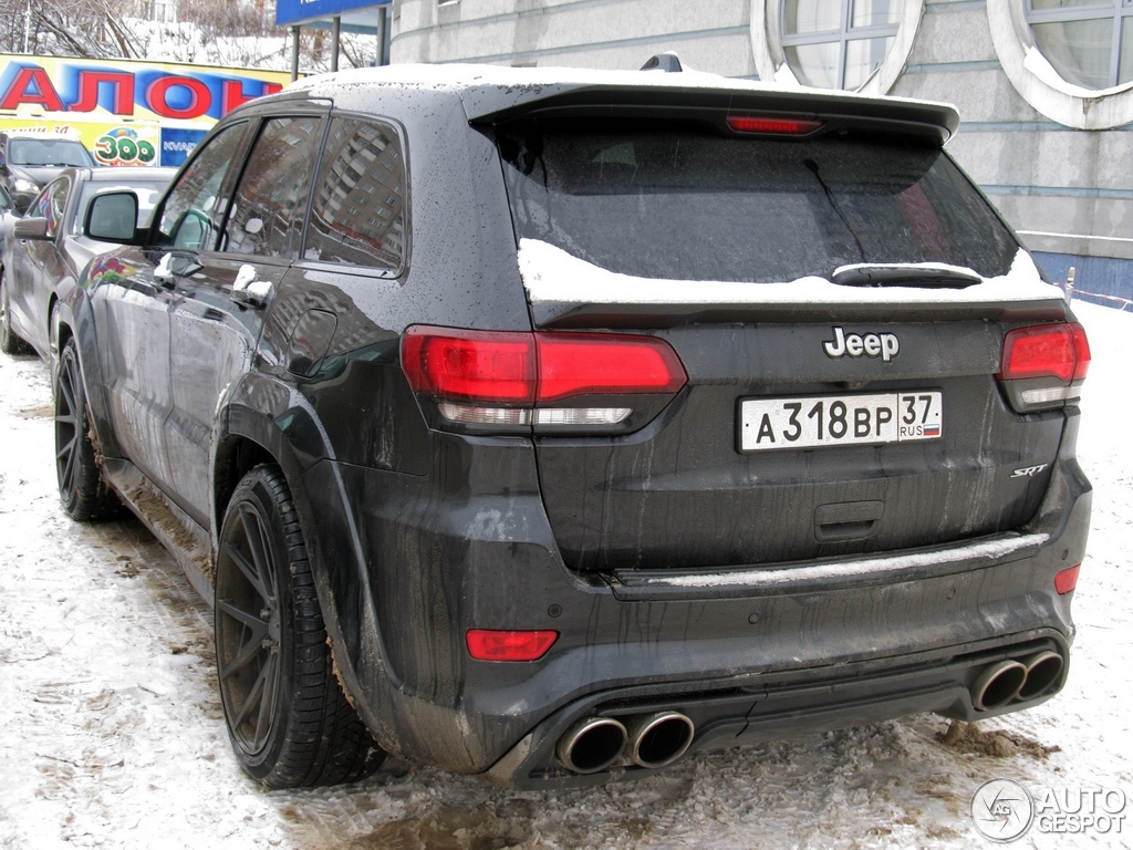 jeep grand cherokee srt 8 2013 12 januar 2015 autogespot. Black Bedroom Furniture Sets. Home Design Ideas