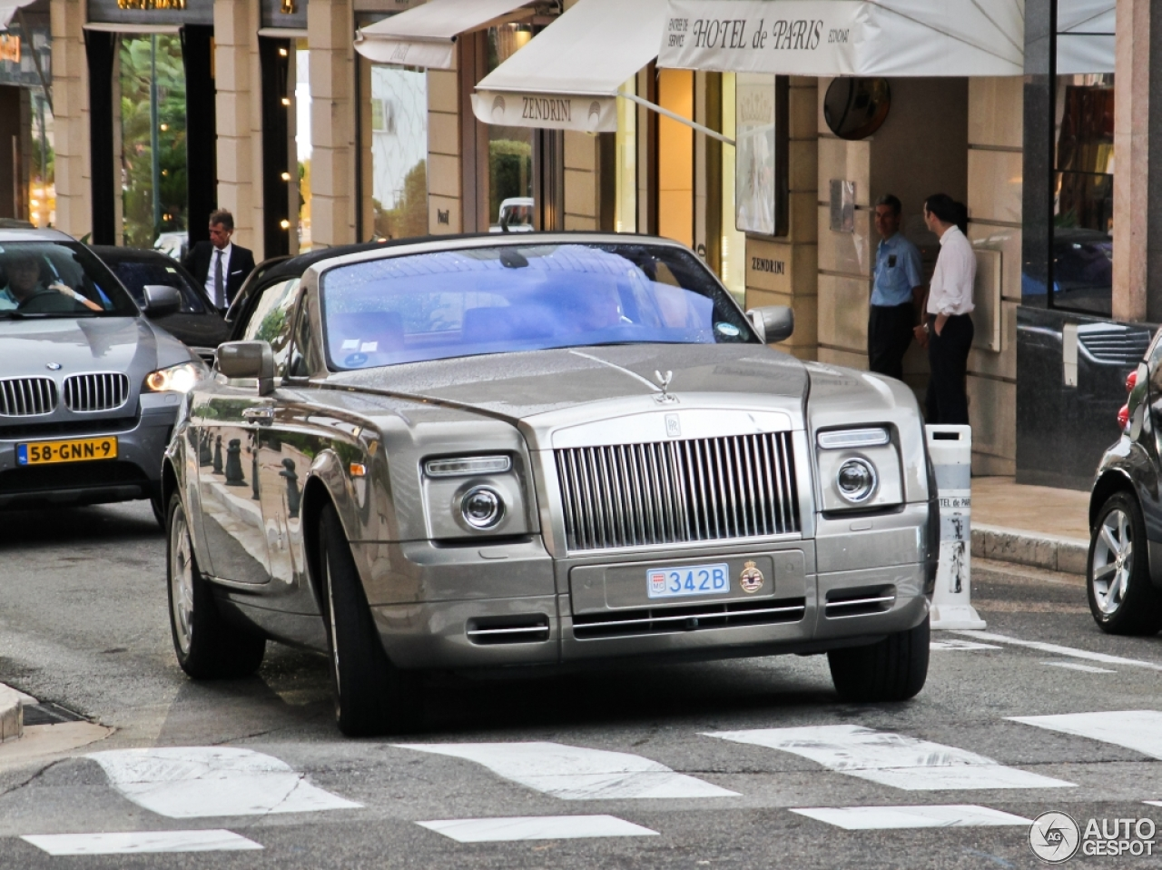rolls royce phantom drophead coup 14 january 2015. Black Bedroom Furniture Sets. Home Design Ideas
