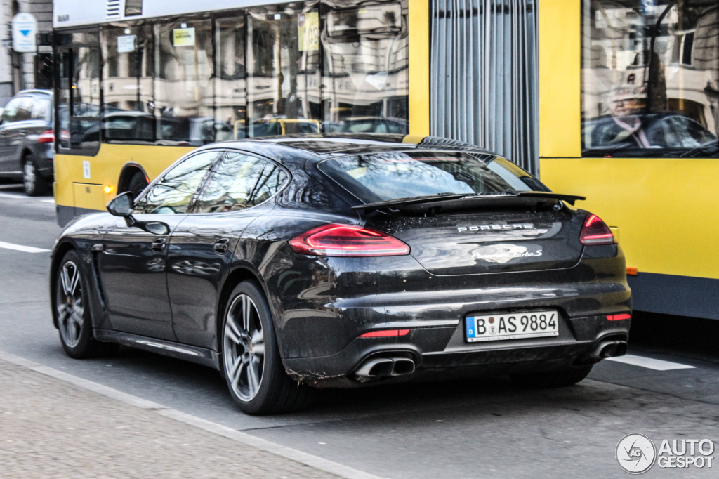 porsche 970 panamera turbo s mkii 16 january 2015 autogespot. Black Bedroom Furniture Sets. Home Design Ideas