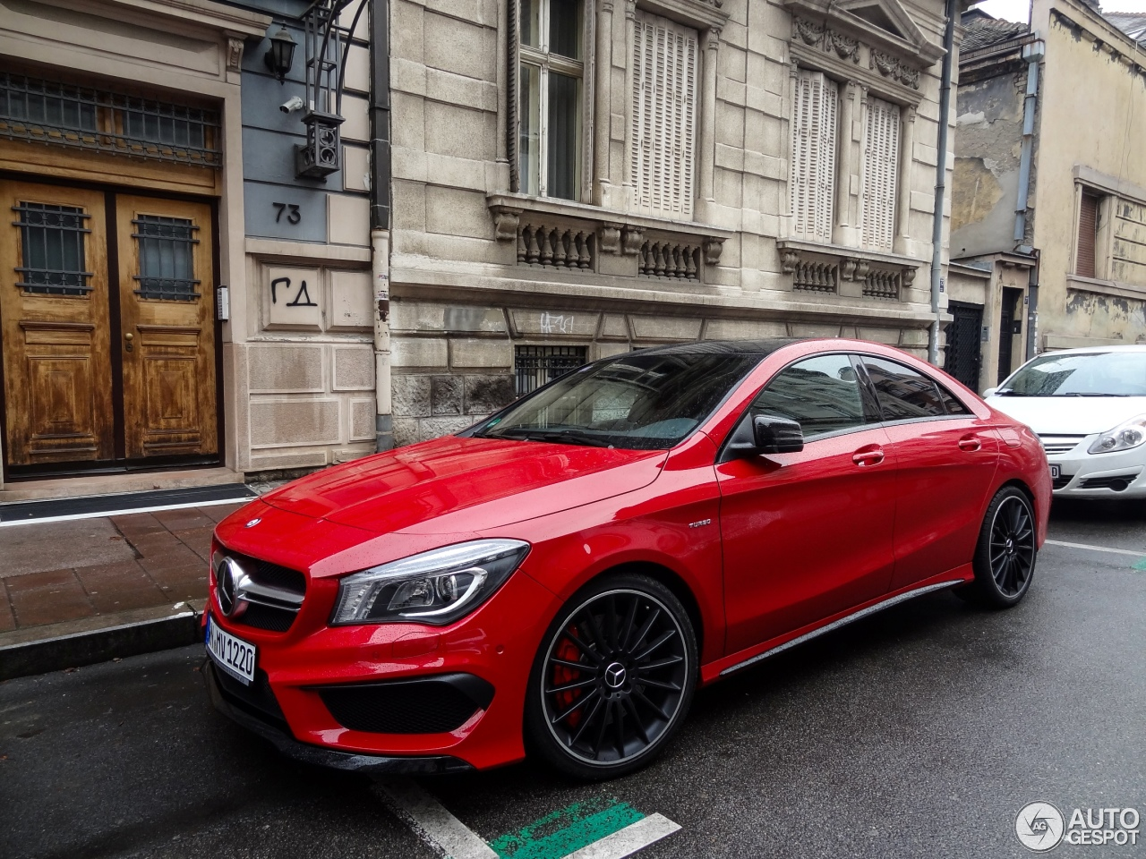 Mercedes benz cla 45 amg c117 19 january 2015 autogespot for Mercedes benz amg cla 45