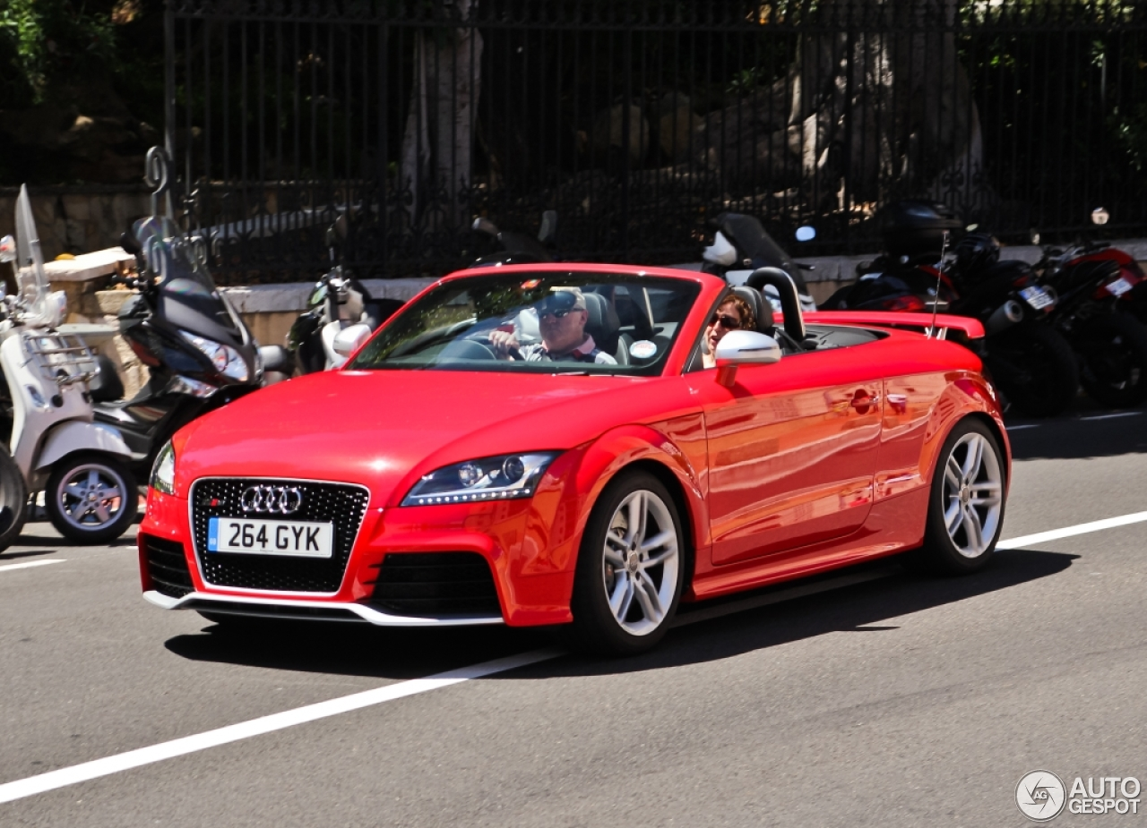 audi tt rs roadster 21 januar 2015 autogespot. Black Bedroom Furniture Sets. Home Design Ideas