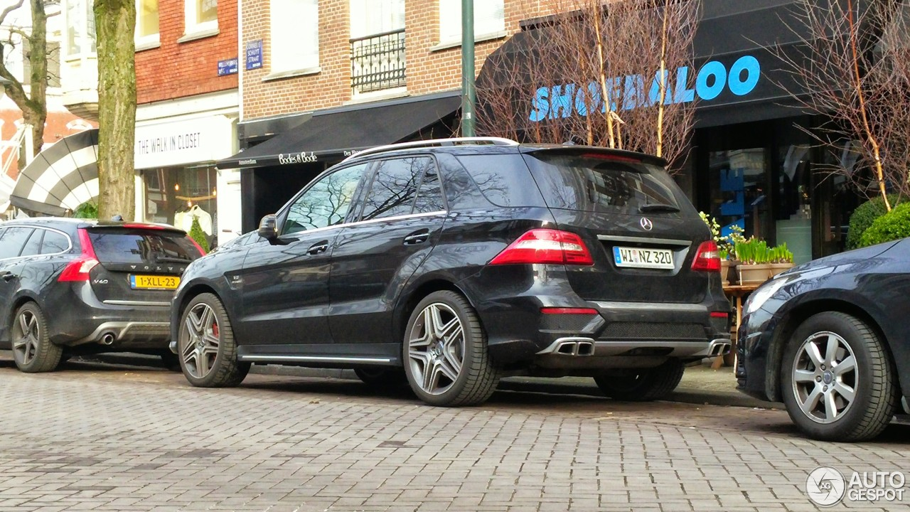 Mercedes benz ml 63 amg w166 21 januar 2015 autogespot for Mercedes benz ml 2015