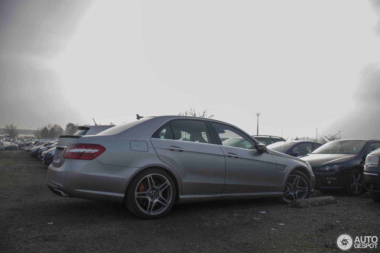Mercedes benz e 63 amg w212 v8 biturbo 25 january 2015 for Mercedes benz v8 biturbo price