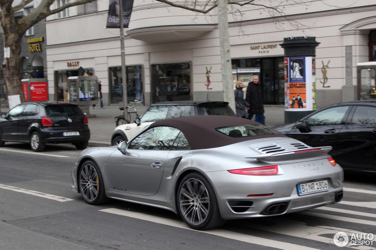 porsche 991 turbo s cabriolet 25 januar 2015 autogespot. Black Bedroom Furniture Sets. Home Design Ideas