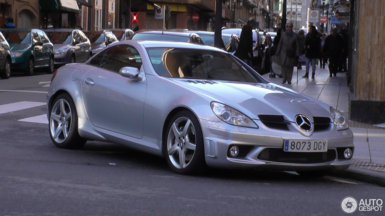 mercedes benz slk 55 amg r171 5 february 2015 autogespot. Black Bedroom Furniture Sets. Home Design Ideas