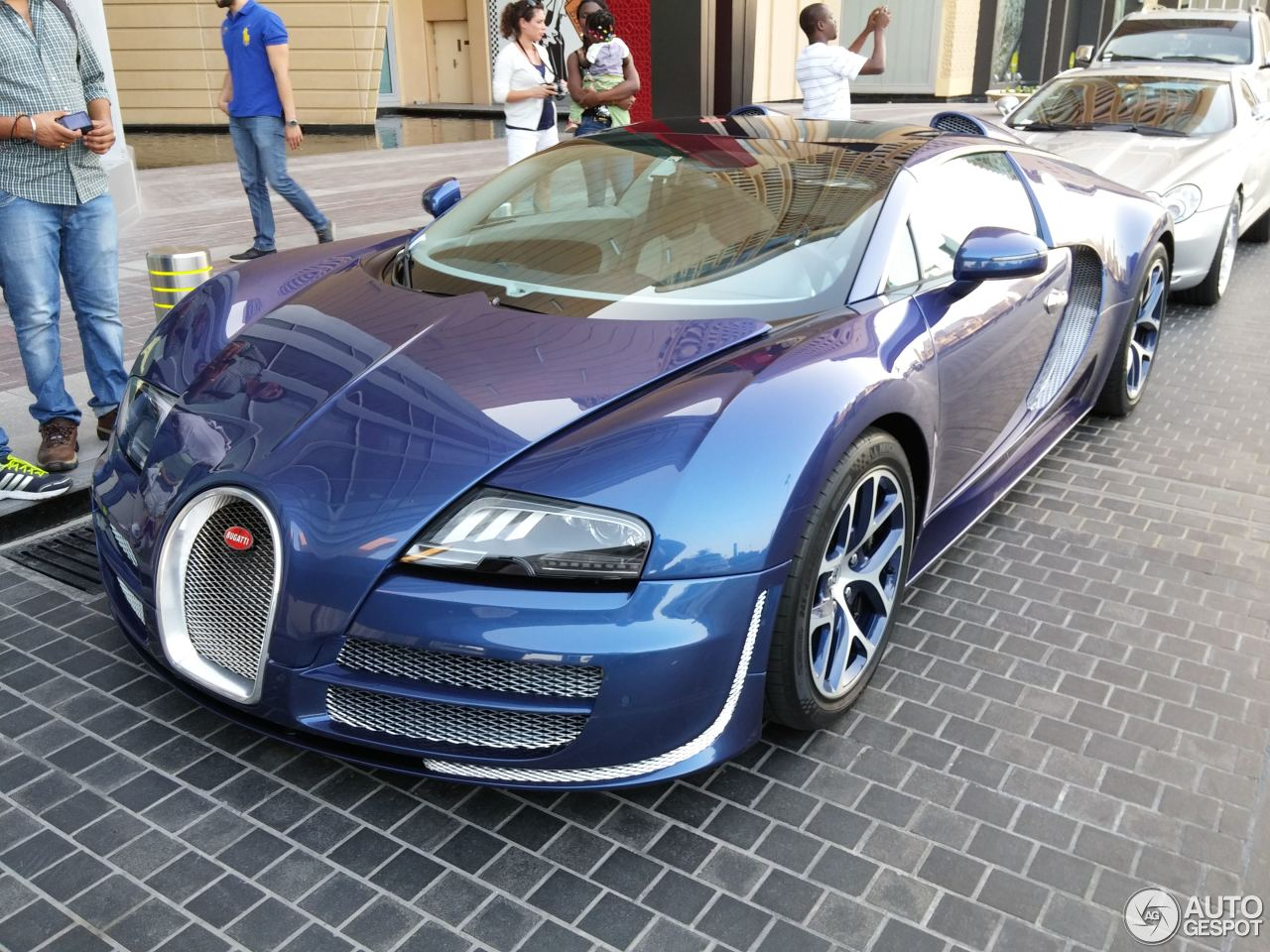 bugatti veyron 16 4 grand sport vitesse 6 february 2015. Black Bedroom Furniture Sets. Home Design Ideas