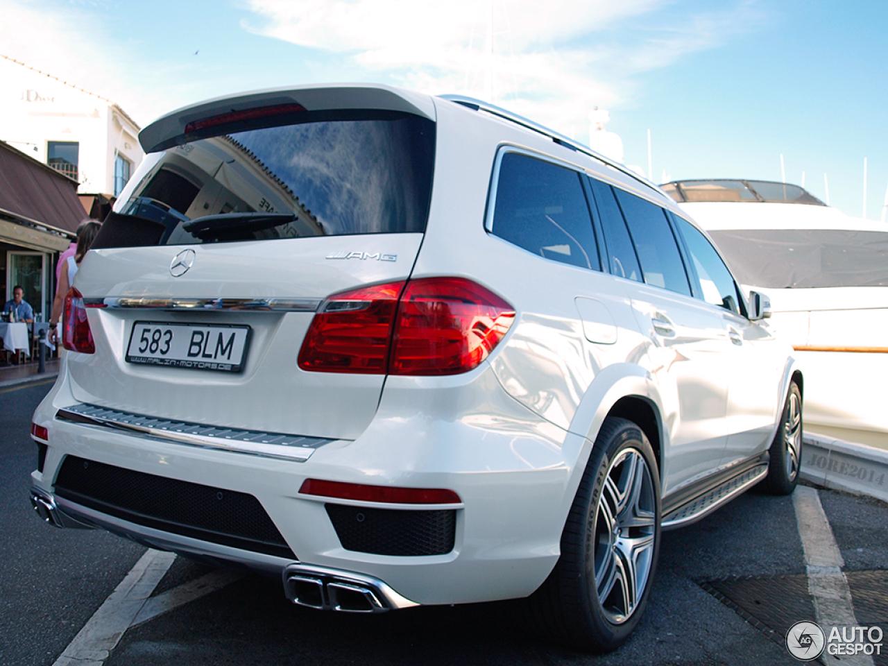 Mercedes benz gl 63 amg x166 7 february 2015 autogespot for Mercedes benz gl amg 2015