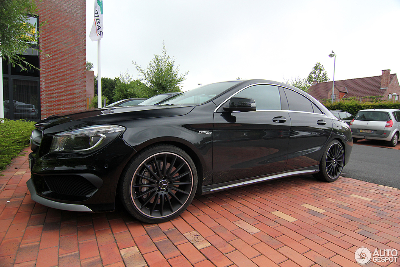 mercedes benz cla 45 amg c117 9 february 2015 autogespot. Black Bedroom Furniture Sets. Home Design Ideas