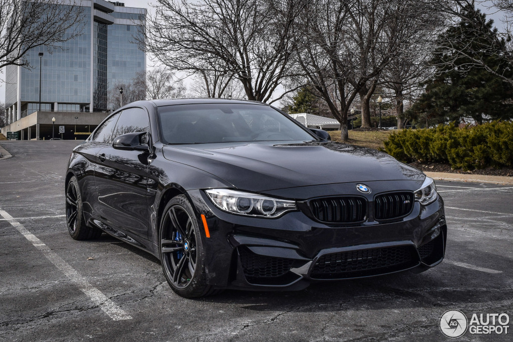 bmw m4 f82 coup 14 february 2015 autogespot. Black Bedroom Furniture Sets. Home Design Ideas