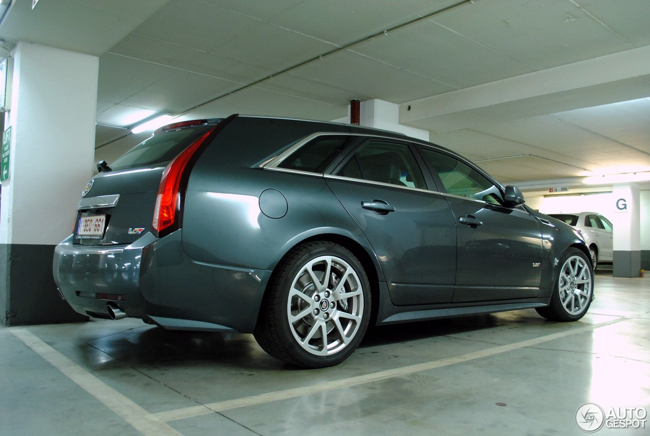 cadillac cts v sport wagon 14 fvrier 2015 autogespot. Black Bedroom Furniture Sets. Home Design Ideas