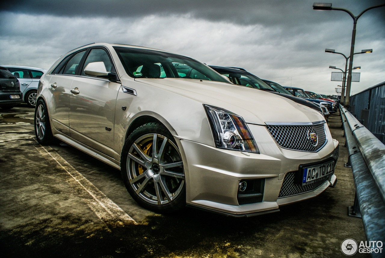 cadillac cts v sport wagon 16 february 2015 autogespot. Black Bedroom Furniture Sets. Home Design Ideas