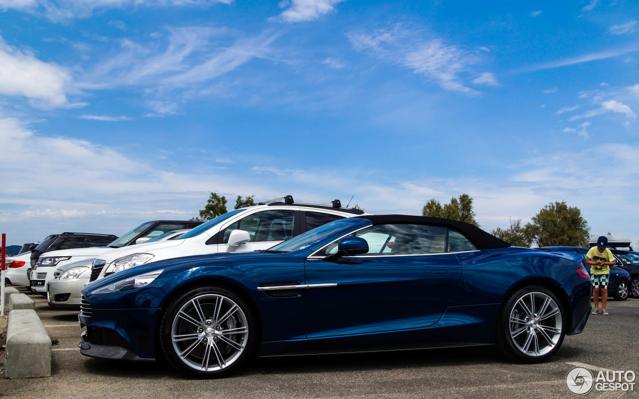 Watch in addition Watch additionally Top 50 Luxury Cars Interior furthermore Supernatural Car Impala Fef79c360d3e71a1 further Wallpaper 0e. on aston martin db9 interior