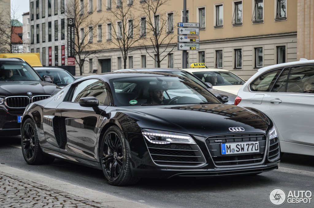 audi r8 v10 plus 2013 21 februar 2015 autogespot. Black Bedroom Furniture Sets. Home Design Ideas