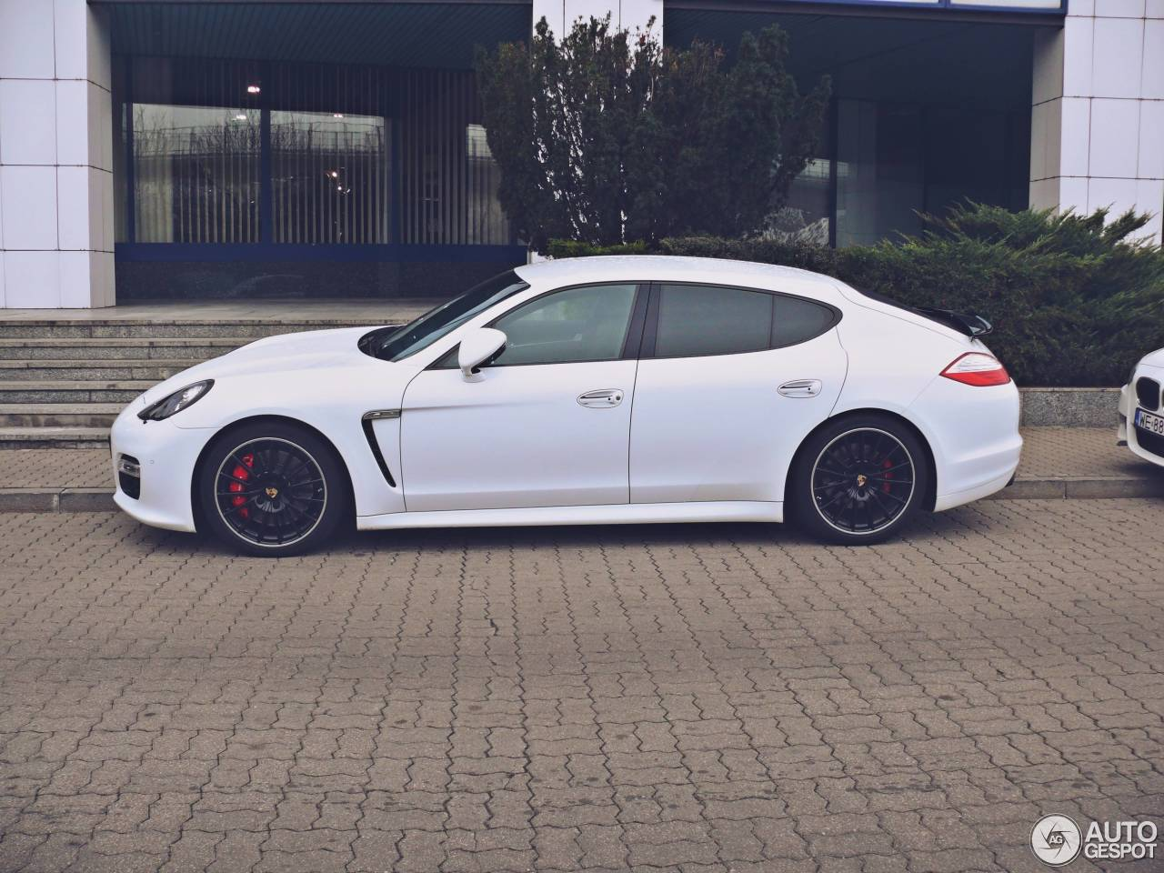 porsche panamera gts 22 february 2015 autogespot. Black Bedroom Furniture Sets. Home Design Ideas