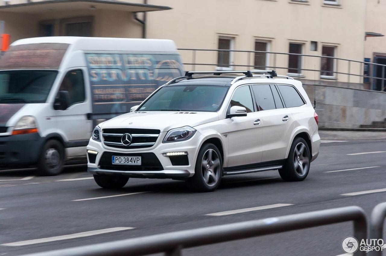 Mercedes benz gl 63 amg x166 28 february 2015 autogespot for Mercedes benz gl amg 2015