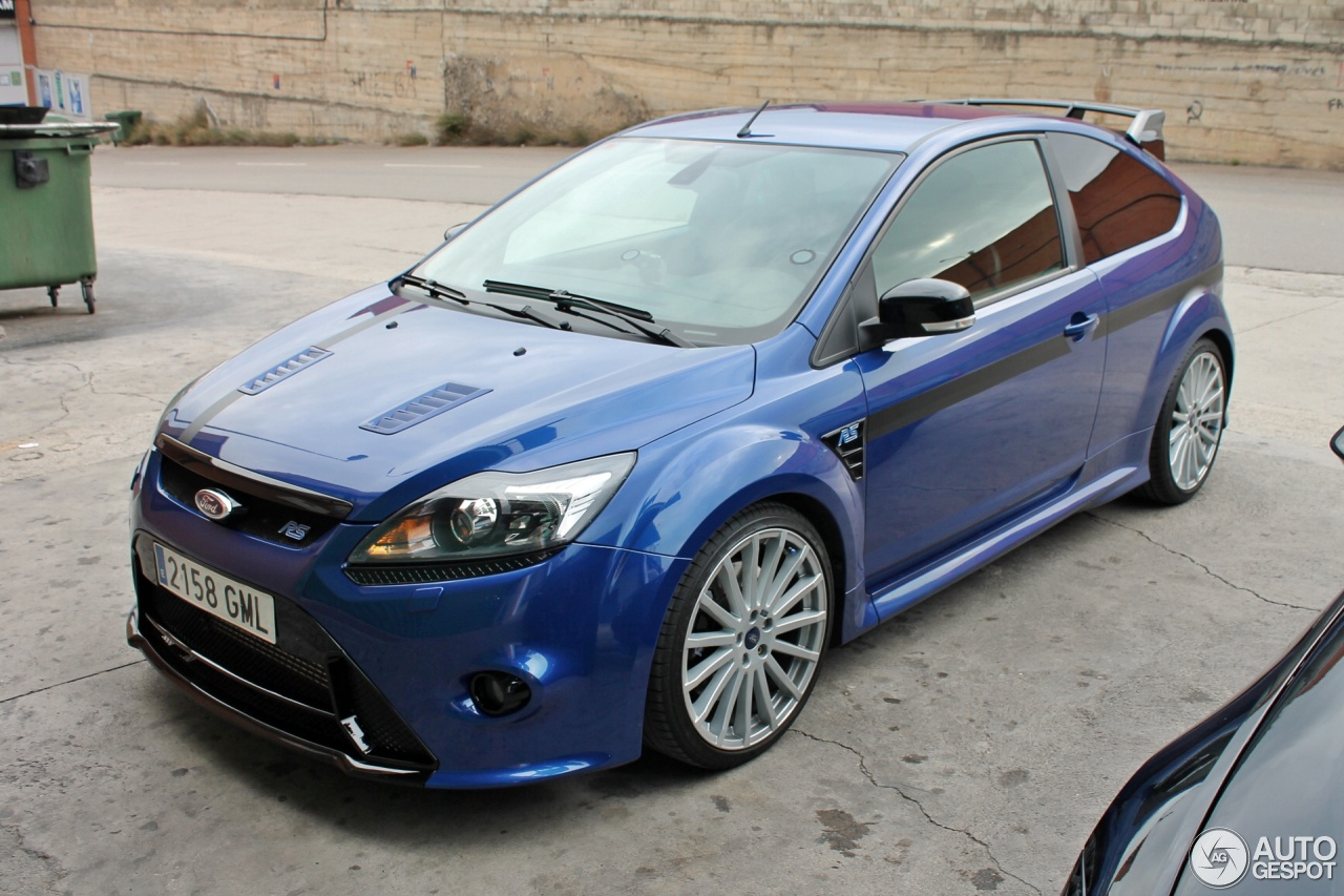 ford focus rs 2009 2 march 2015 autogespot. Black Bedroom Furniture Sets. Home Design Ideas