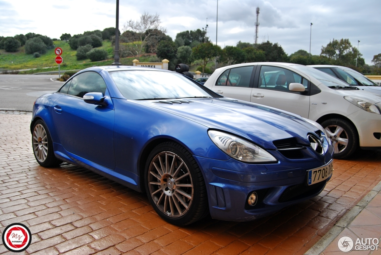 mercedes benz slk 55 amg r171 4 march 2015 autogespot. Black Bedroom Furniture Sets. Home Design Ideas