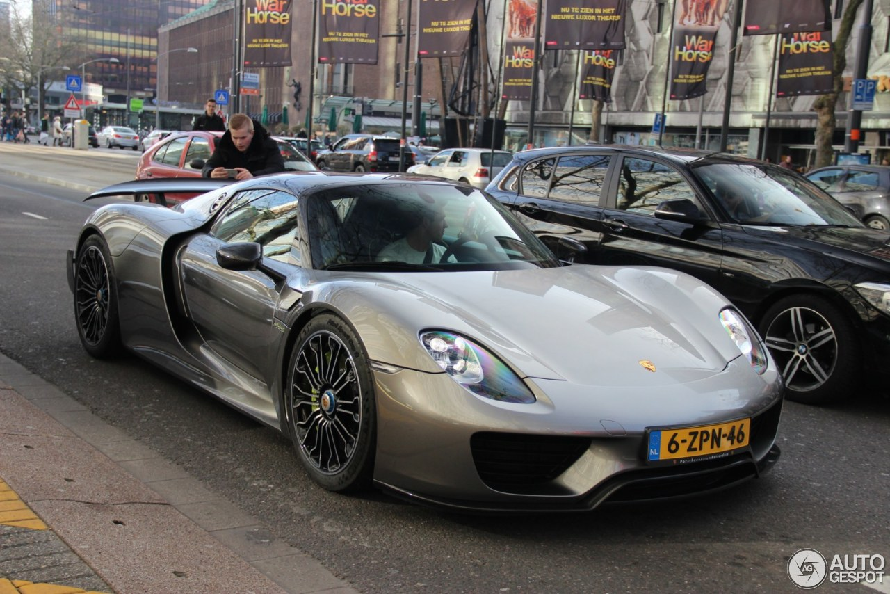 porsche 918 spyder weissach package 7 march 2015 autogespot. Black Bedroom Furniture Sets. Home Design Ideas