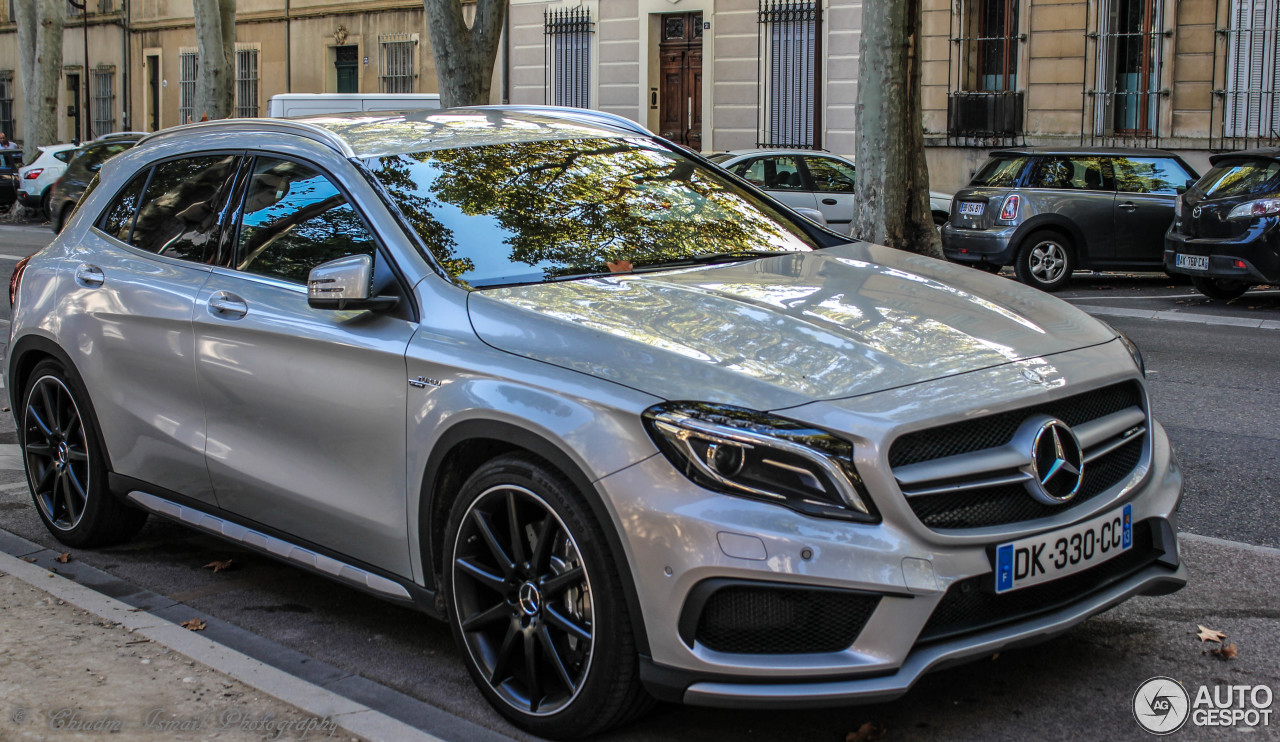 mercedes benz gla 45 amg x156 8 mars 2015 autogespot. Black Bedroom Furniture Sets. Home Design Ideas