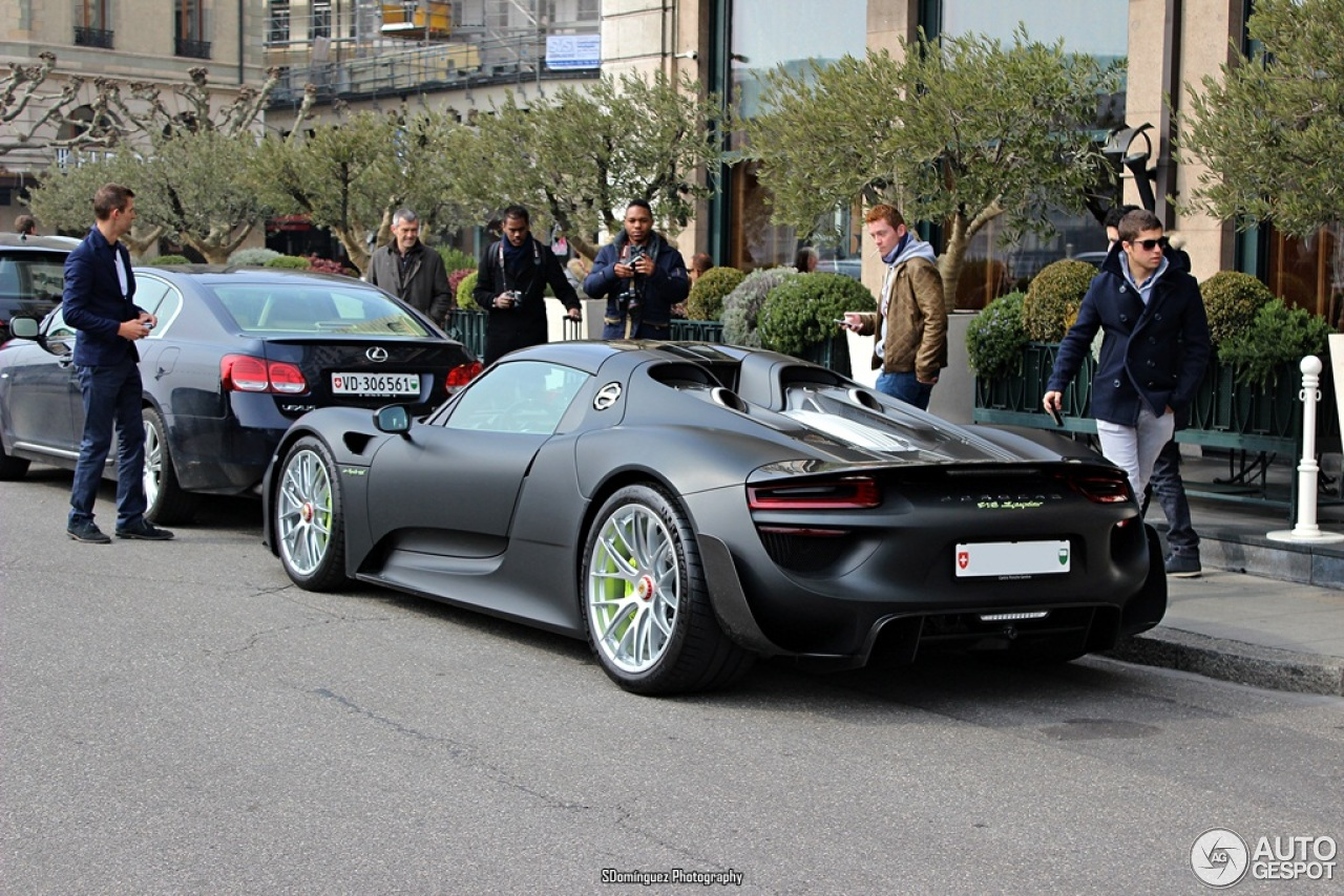 porsche 918 spyder weissach package 15 march 2015. Black Bedroom Furniture Sets. Home Design Ideas