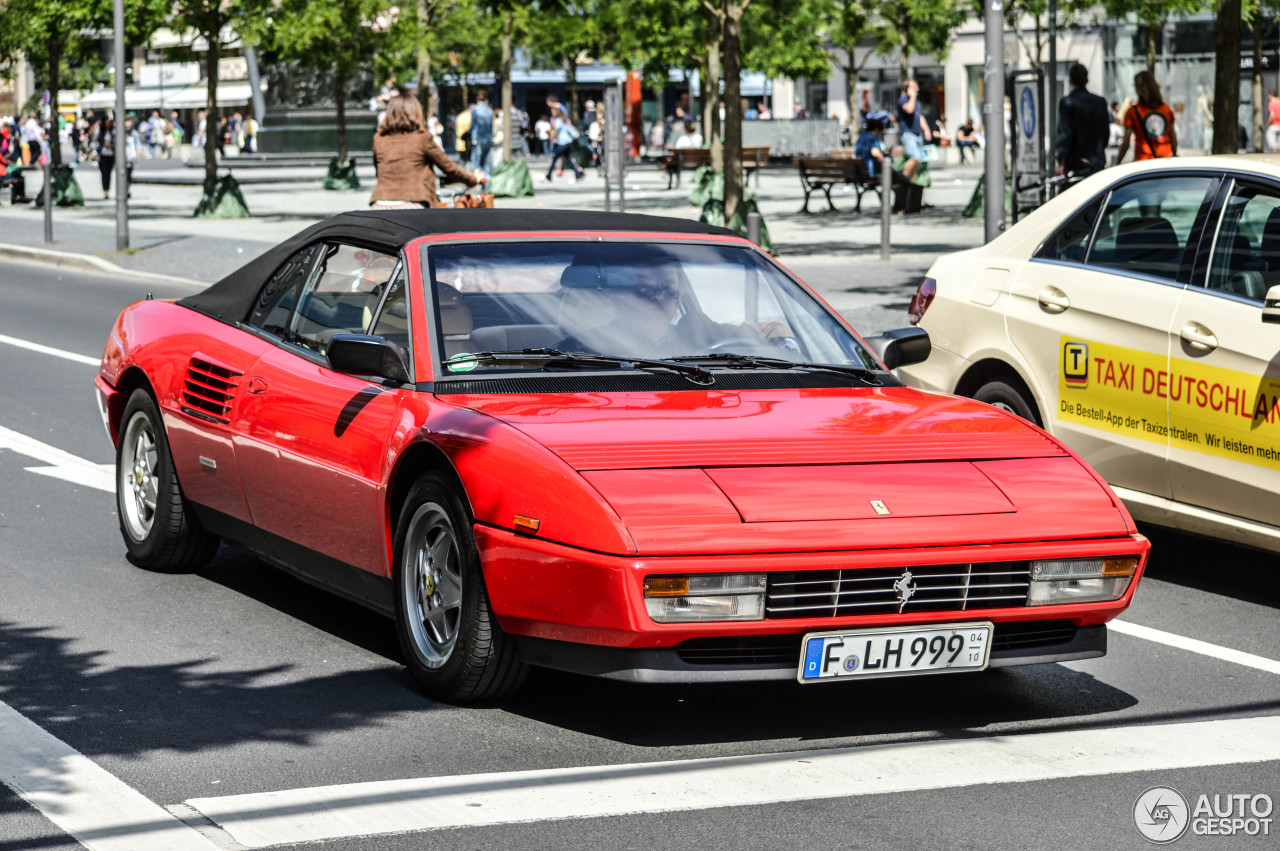 ferrari mondial t cabriolet 16 mrz 2015 autogespot. Black Bedroom Furniture Sets. Home Design Ideas