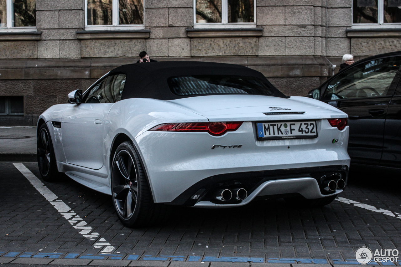 Jaguar F Type R Convertible 16 Mrz 2015 Autogespot