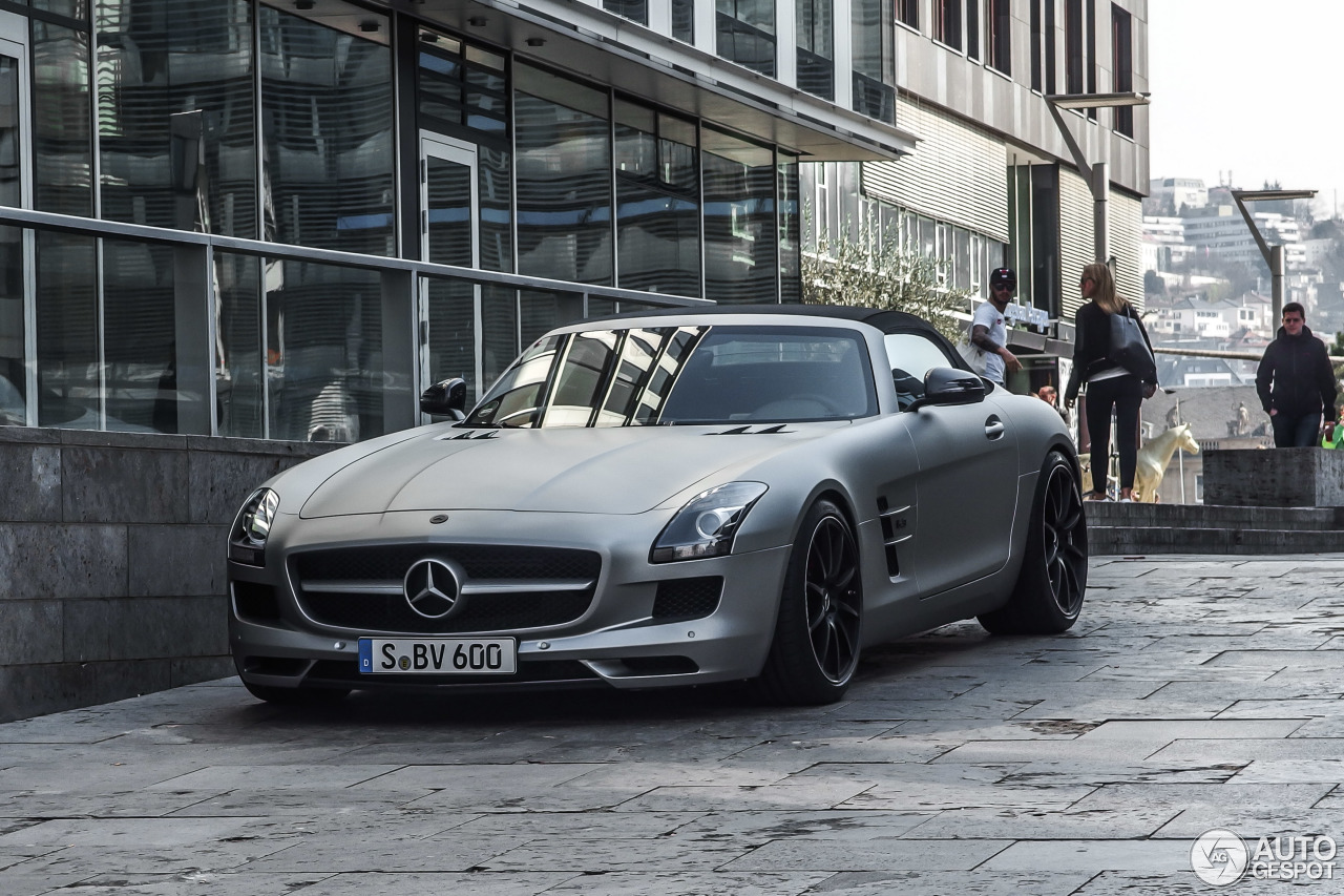 Mercedes benz sls amg gt roadster 19 march 2015 autogespot for 2015 mercedes benz sls amg convertible