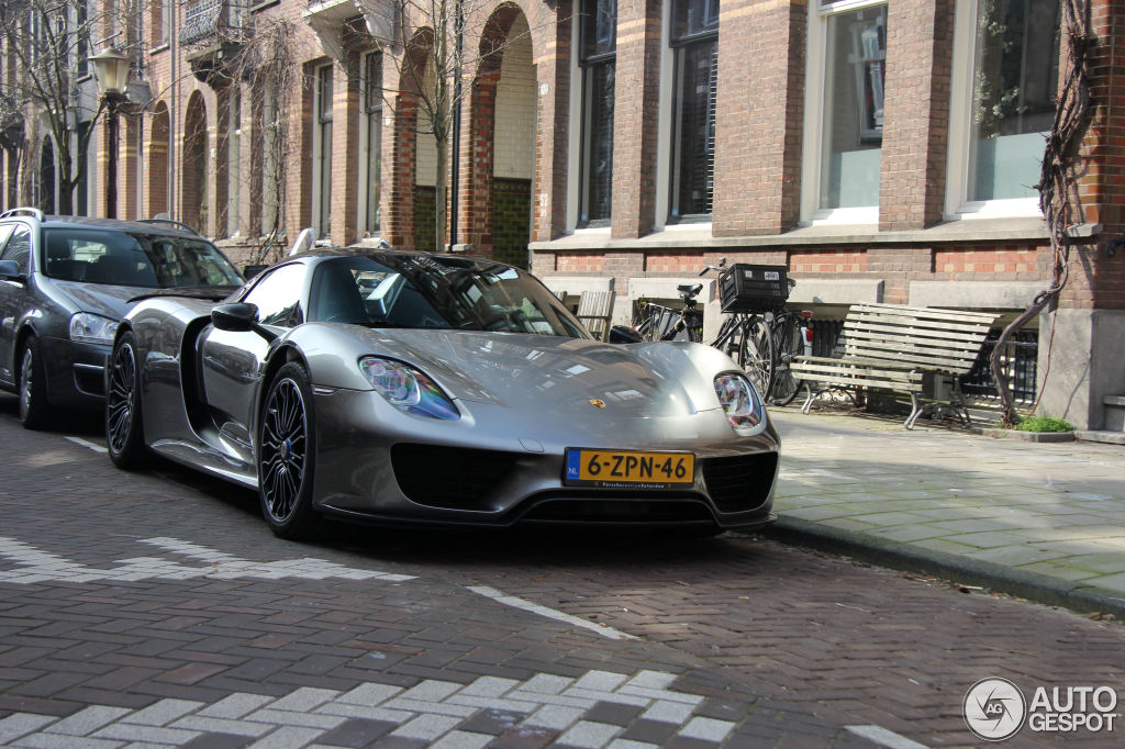 porsche 918 spyder weissach package 20 march 2015 autogespot. Black Bedroom Furniture Sets. Home Design Ideas