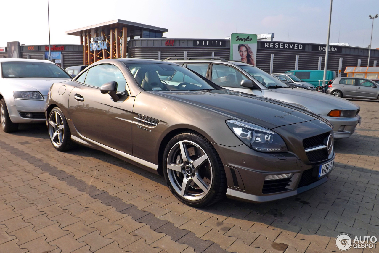 mercedes benz slk 55 amg r172 21 march 2015 autogespot. Black Bedroom Furniture Sets. Home Design Ideas