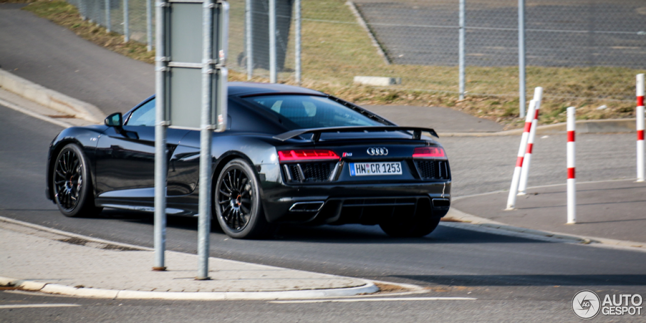 Audi R8 V10 Plus (2015) review by CAR Magazine