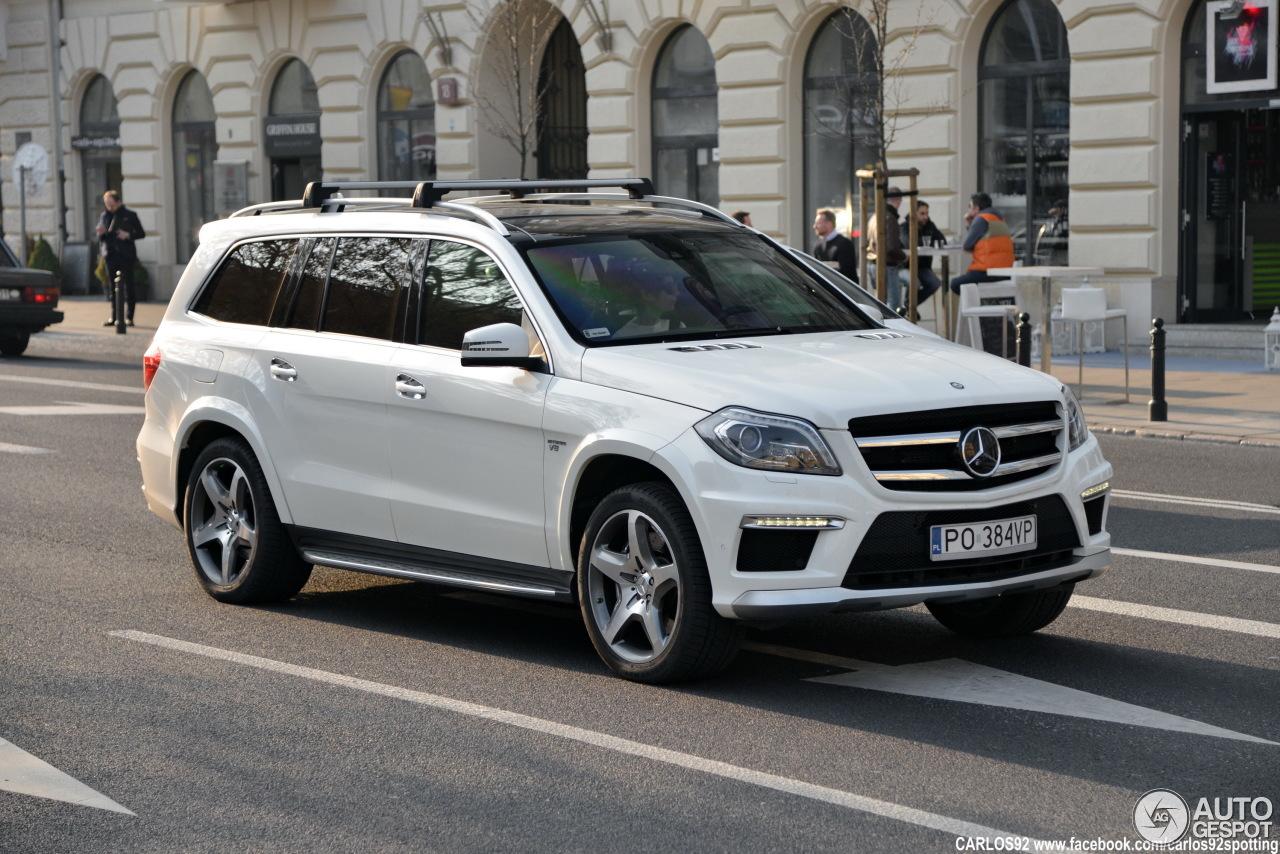 Mercedes benz gl 63 amg x166 25 march 2015 autogespot for Mercedes benz gl amg 2015