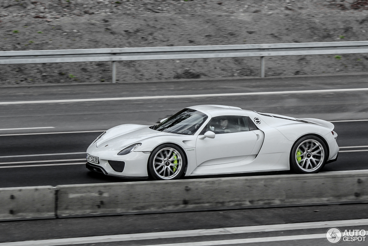 porsche 918 spyder 29 march 2015 autogespot. Black Bedroom Furniture Sets. Home Design Ideas