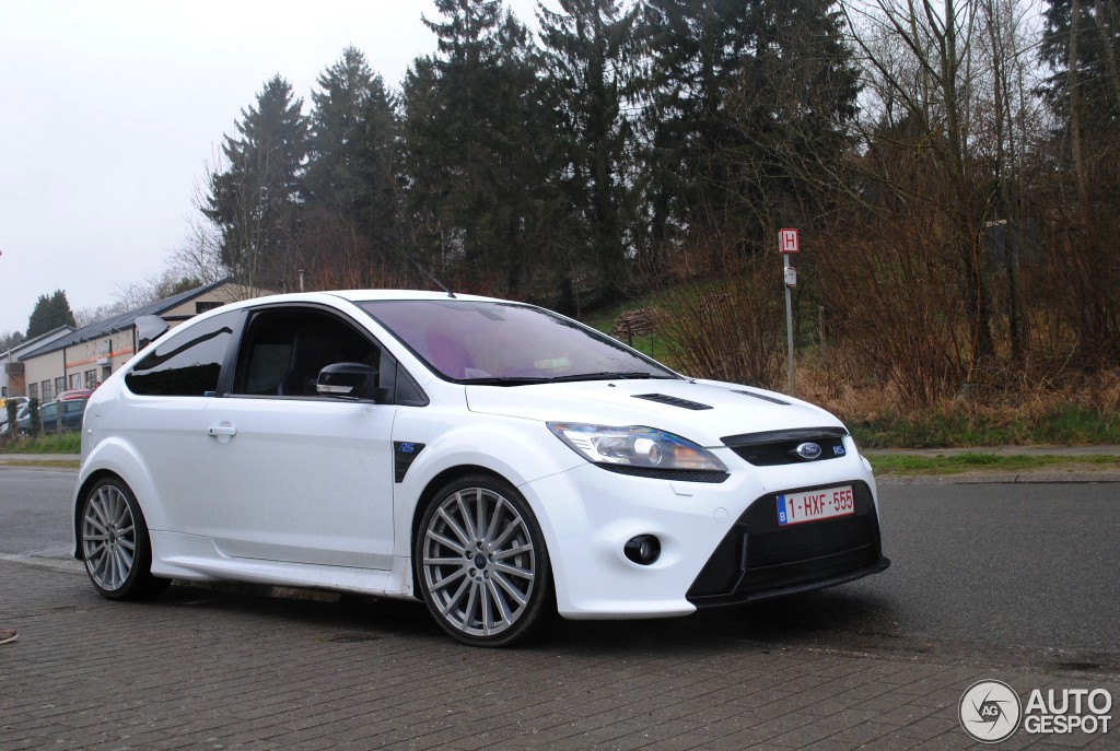 ford focus rs 2009 mountune mp350 30 mrz 2015 autogespot. Black Bedroom Furniture Sets. Home Design Ideas