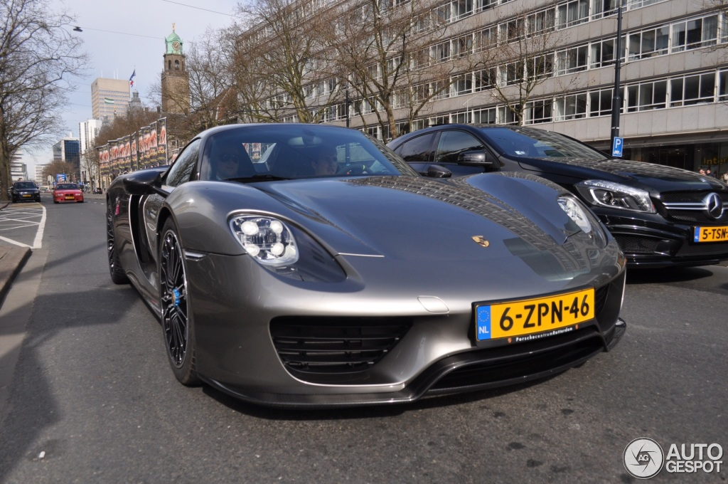 porsche 918 spyder weissach package 31 march 2015 autogespot. Black Bedroom Furniture Sets. Home Design Ideas