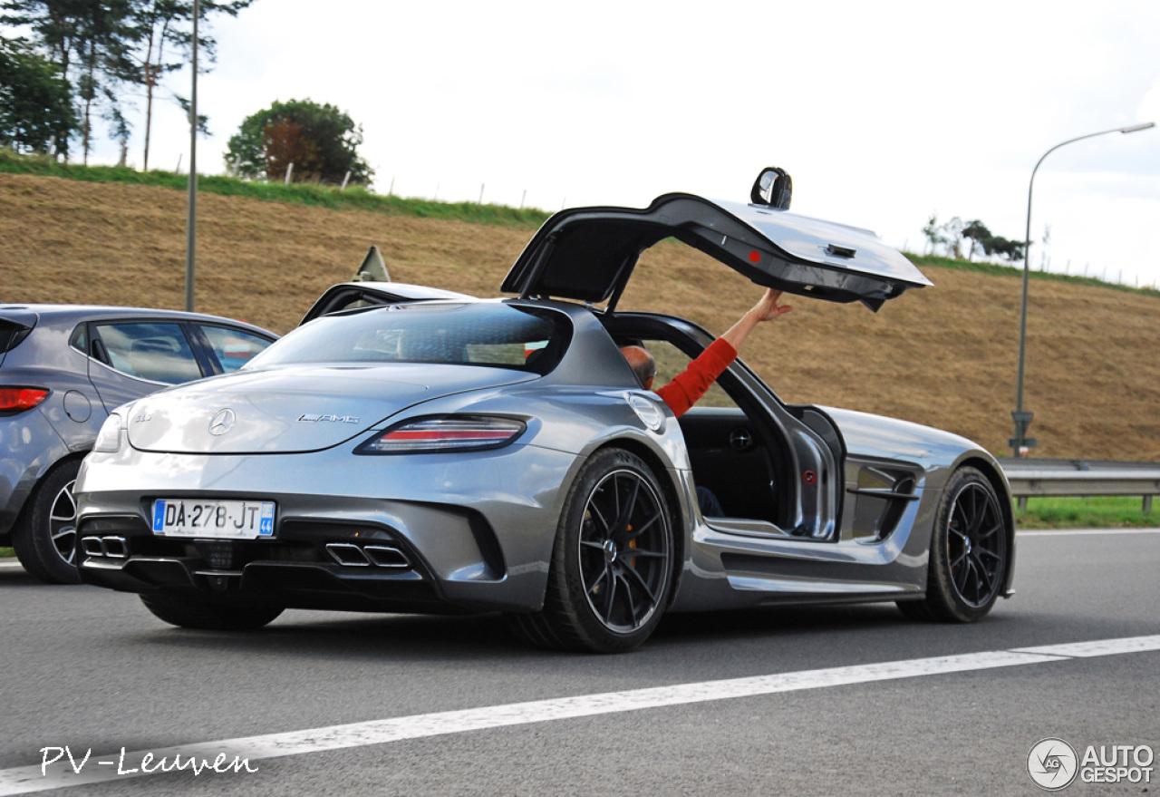 Mercedes benz sls amg black series 3 april 2015 autogespot for 2015 mercedes benz sls amg for sale