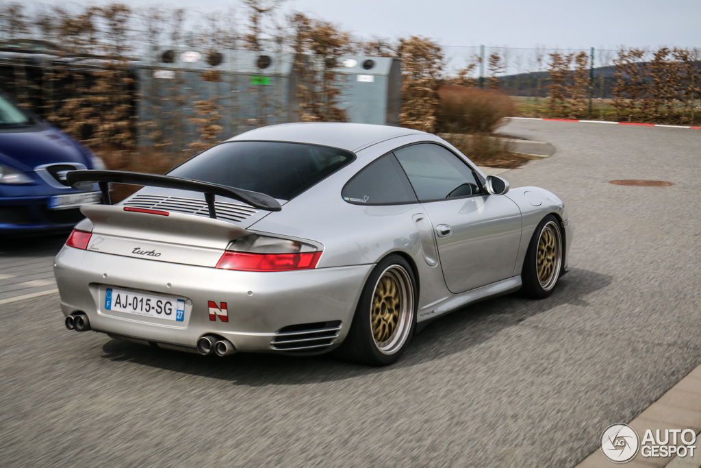 Porsche 996 Turbo 7 April 2015 Autogespot