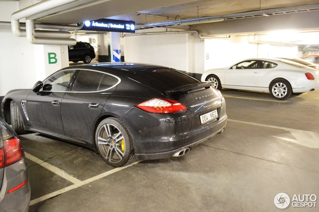 porsche panamera turbo s 7 april 2015 autogespot. Black Bedroom Furniture Sets. Home Design Ideas