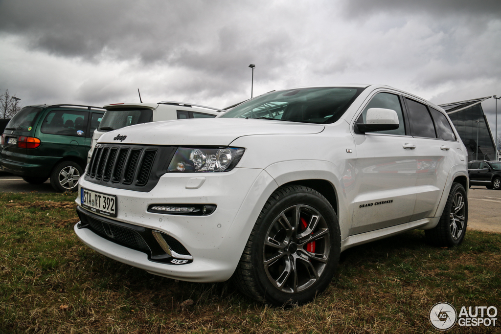 jeep grand cherokee srt 8 limited edition 8 april 2015 autogespot. Black Bedroom Furniture Sets. Home Design Ideas