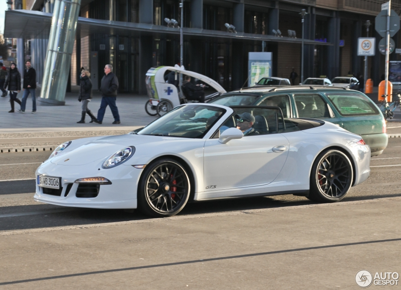 porsche 991 carrera 4 gts cabriolet 10 april 2015 autogespot. Black Bedroom Furniture Sets. Home Design Ideas