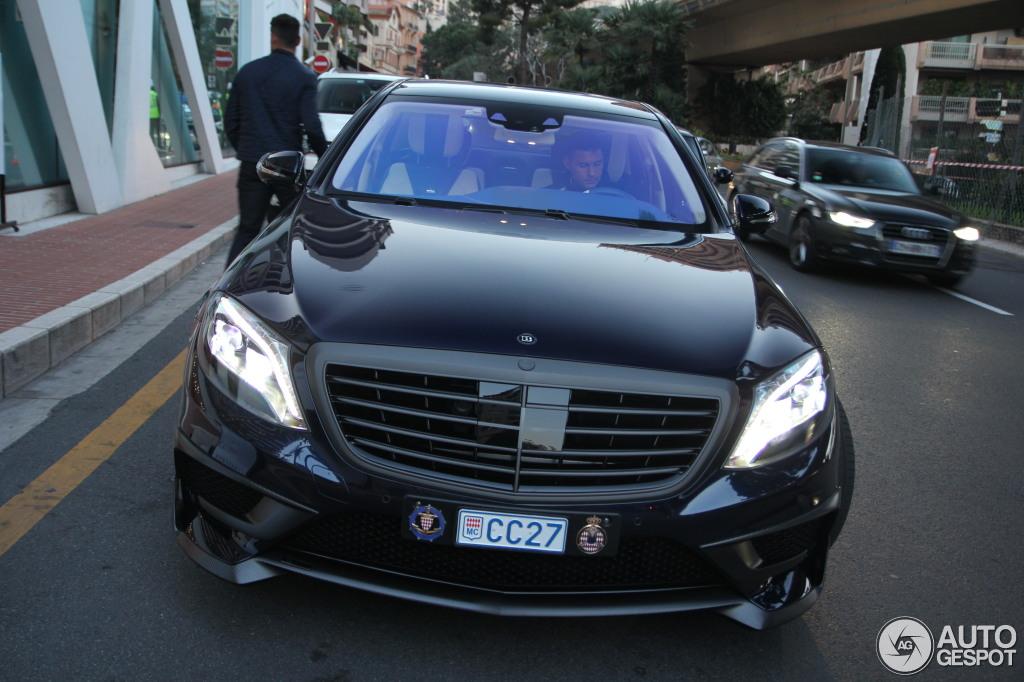 La Premiere Mercedes Benz